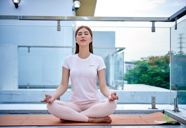 Đồ tập yoga nữ tốt
